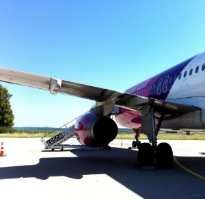 Airbus der WizzAir in Memmingen