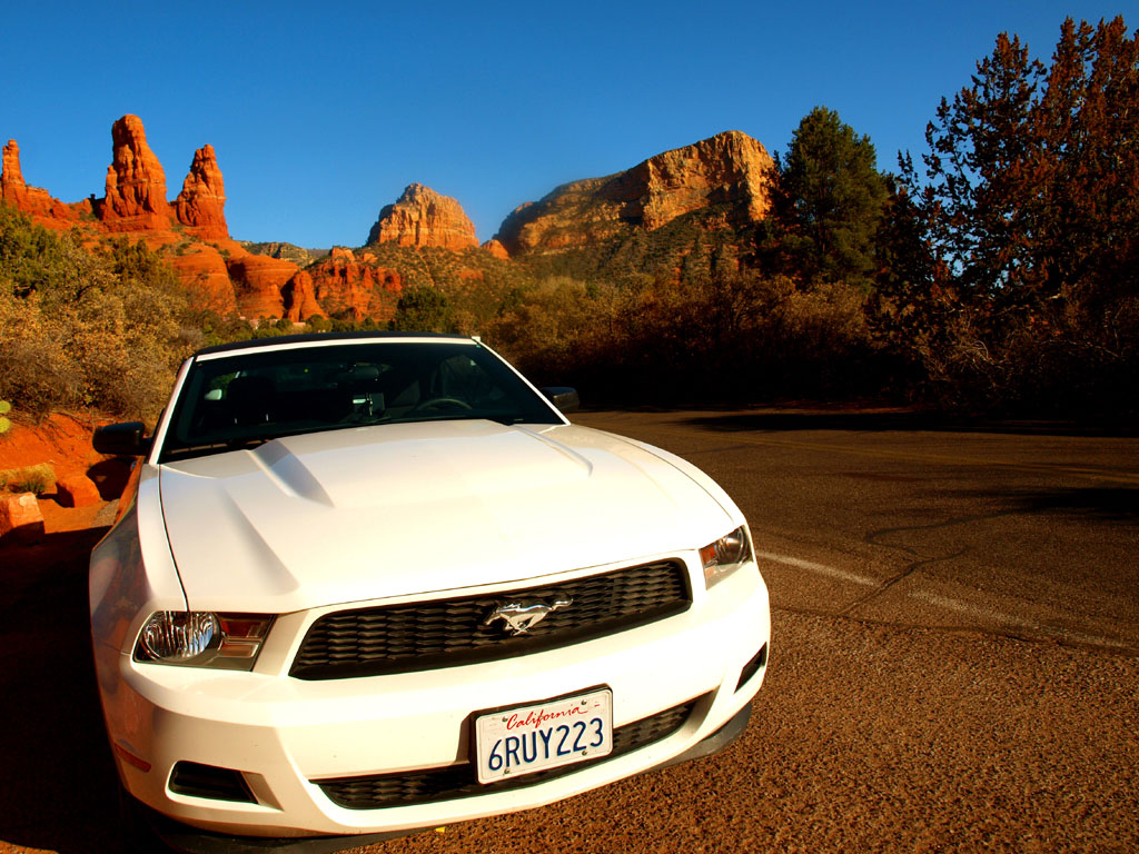 ford mustang weiß in sedona